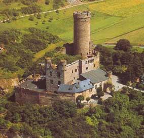 Foto zur Meldung: Ortsgemeinde: Zuschuss für Arbeiten an Burg Schwalbach