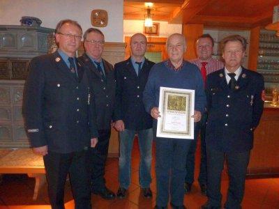 Foto zu Meldung: Rückblick auf ein erfülltes Vereinsjahr – Einweihung des Feuerwehrhauses im Frühjahr 2013