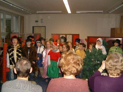 Foto zur Meldung: Märchenhaftes in der Elbtalgrundschule
