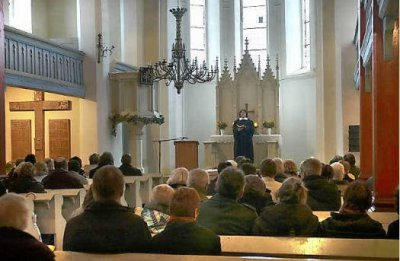 Foto zu Meldung: Festgottesdienst in Gro&szlig; Meh&szlig;ow