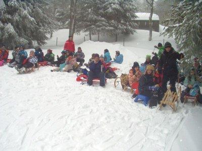 Foto zur Meldung: Wintersporttag bei der Grundschule