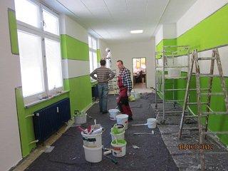 Vorschaubild zur Meldung: Streichaktion im Kinderhaus im März 2012