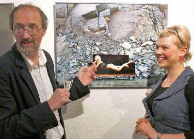 Vorschaubild zur Meldung: Nackte Frauen bevölkern Museum
