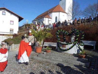 Foto zu Meldung: Palmweihe und Prozession zu Beginn der Karwoche