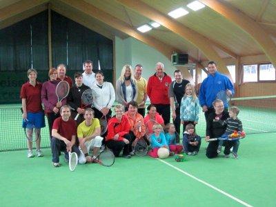 Foto zur Meldung: Zweites Tennis-Gaudi-Turnier beim Dorfverein