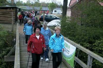 Foto zur Meldung: 4. Nordic-Walking-Tag