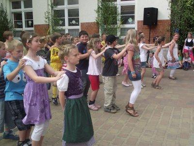 """Foto zu Meldung: Frühlingsfest in der Grundschule """"Teupitz am See"""""""