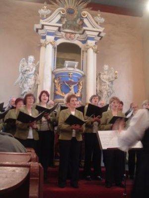 Foto zur Meldung: Liederkreis Jüterbog sang in der Kirche in Rohrbeck