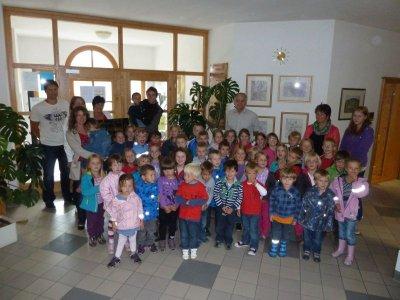 Foto zur Meldung: Der Kindergarten inspizierte das Rathaus