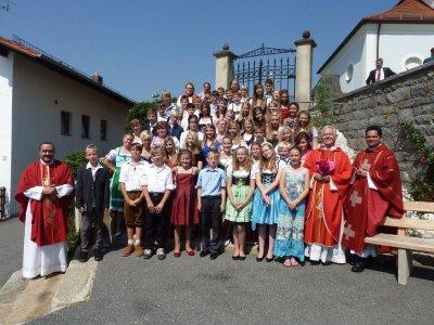 """Foto zur Meldung: Firmung in Moosbach – Flagge zeigen, das heißt """"ich stehe hinter dir"""""""