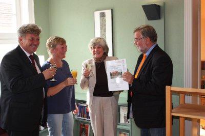 """Foto zur Meldung: """"Bibliothek im Kontor"""" wurde Denkmal des Monats"""