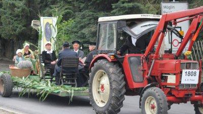 Vorschaubild zur Meldung: Thaer im historischen Festumzug in Schulzendorf