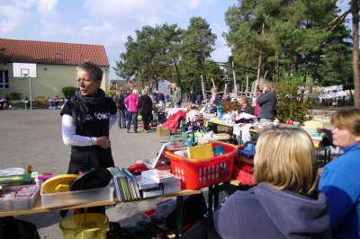 Foto zu Meldung: Flohmarkt an der Grund- und Oberschule Schenkenland