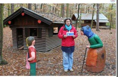 Foto zur Meldung: Heimatverein:Große Ehre für den Märchenwald