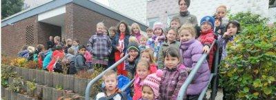 Vorschaubild zur Meldung: Kinder räumen den Eschen auf