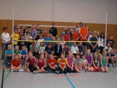 Foto zur Meldung: 5.Hochsprungturnier der Elbtalgrundschule Bad Wilsnack mit Glöwener Schülern