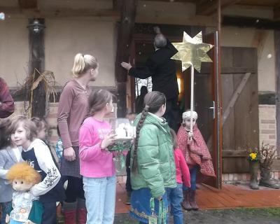 Foto zu Meldung: Sternensinger-Gottesdienst mit Kindern