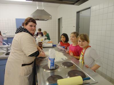 Foto zur Meldung: Weihnachtsprojekt mit der Arthur-Becker-Grundschule