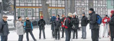 Foto zu Meldung: Rundgang durch Elbingerode als Tour für Körper und Seele Fastengruppe aus dem Mutterhaus-Gästehaus nutzt die neue Möglichkeit zur Stadtführung und ist davon angetan