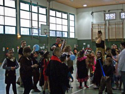 Foto zu Meldung: Fasching in der Grund- und Oberschule Schenkenland