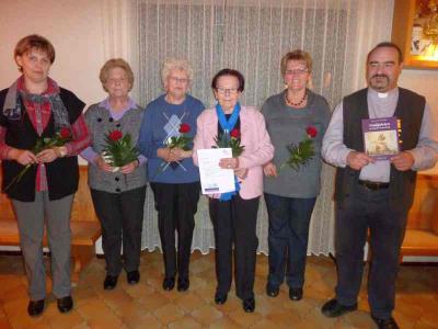 Foto zur Meldung: Rückblick auf das erste Jahr der neuen Vorstandschaft – Ehrung langjähriger Mitglieder