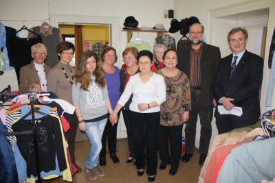 Foto zu Meldung: Kleiderkammer Rheinböllen unterstützt Telefonseelsorge Nahe-Hunsrück