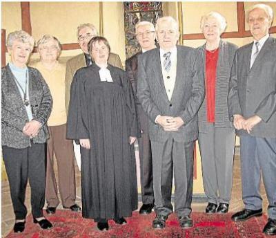 Foto zur Meldung: Evangelische Kirchengemeinde: Konfirmation vor 65 Jahren gedacht