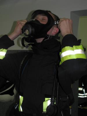 Foto zu Meldung: Atemschutzgeräteträgerlehrgang