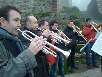 Vorschaubild zur Meldung: Traditionelles Maiwecken mit der Stadtmusik Waldkirch