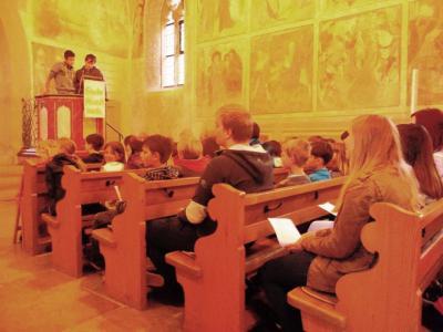Foto zur Meldung: Die Georg-Hager-Schule feiert einen Schülergottesdienst