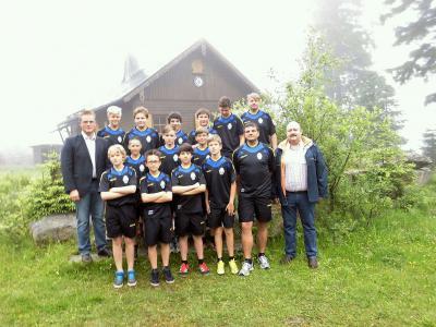 Foto zu Meldung: Meisterschaftsfeier der JFG Oberes Egertal