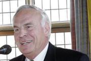 Vorschaubild zur Meldung: Altbürgermeister Willi Lülf führt weiterhin den Förderverein