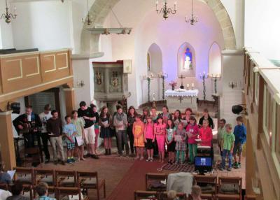 Vorschaubild zur Meldung: Sommercamp endet mit Gottesdienst