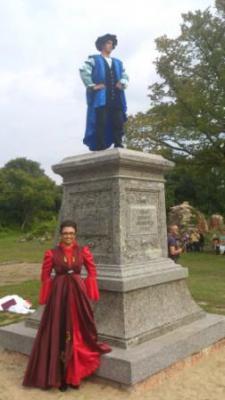 Foto zu Meldung: Hans von Küstrin: Denkmalsockel enthüllt
