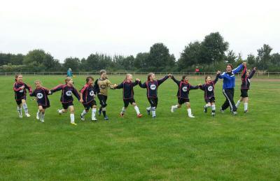 Foto zur Meldung: Mädchen holen den ersten Sieg