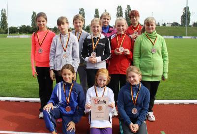 Foto zur Meldung: Silber für die Mädchen beim Leichtathletik-Wettkampf