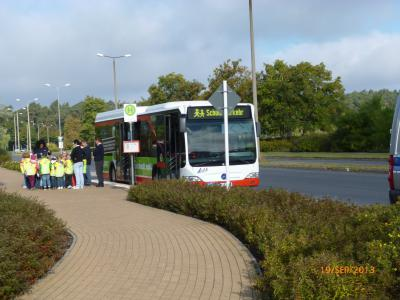 Foto zur Meldung: Busschule für Klasse 1