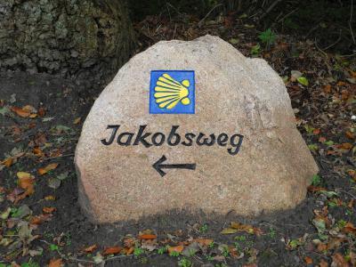 Findling am Jakobsweg