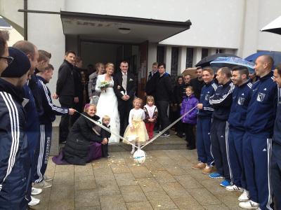 Foto zu Meldung: Christian Neumann und Nicole Thiem haben geheiratet