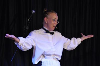 Foto zur Meldung: Kulturbühne Ladbergen - Kornelia Kabbaj