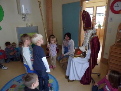 Foto zur Meldung: Der hl. Nikolaus im Kindergarten