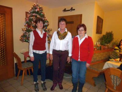 Foto zu Meldung: Besinnliche Adventsfeier beim Gartenbauverein