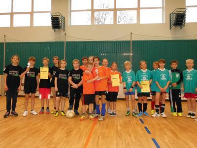 Foto zur Meldung: 4. Nikolausstraßenfußballturnier in Glöwen