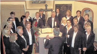 Foto zur Meldung: Frauenchor: Lieder von Frieden und Liebe erklingen