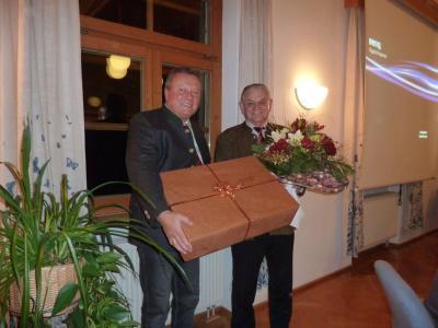 Foto zu Meldung: Verabschiedung vom ehemaligen Geschäftsleiter Franz Kolbeck aus dem Verwaltungsdienst