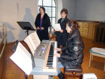 Foto zur Meldung: Vokale Glissando gestaltet musikalisch den zweiten Weihnachtstag in der Pfarrkirche