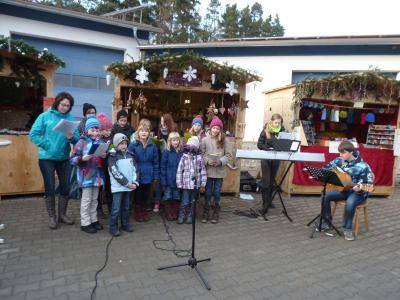 Foto zu Meldung: Der 4. Hagengruber Weihnachtsmarkt mehr denn je eine Kulturveranstaltung