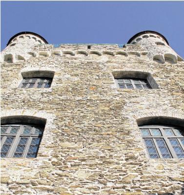 Foto zur Meldung: Ortsgemeinde: Sanierung der Burg Schwalbach ist gesichert