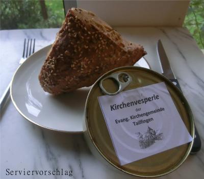 """Foto zur Meldung: """"Kirchendächle"""" mit Vesperwurst aus dem Tailfinger Dorfladen – Essen und Genießen zugunsten der Kirche"""