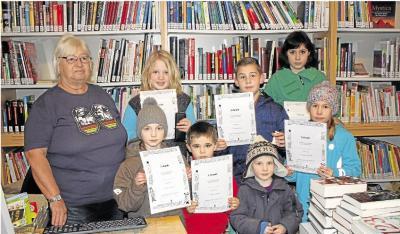 Foto zur Meldung: Gemeindebücherei: Wenn Bücherwürmer Lesestoff verschlingen